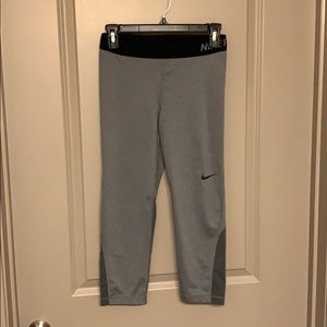 Nike Pants - Nike Pro Dri Fit Capri size M in gray